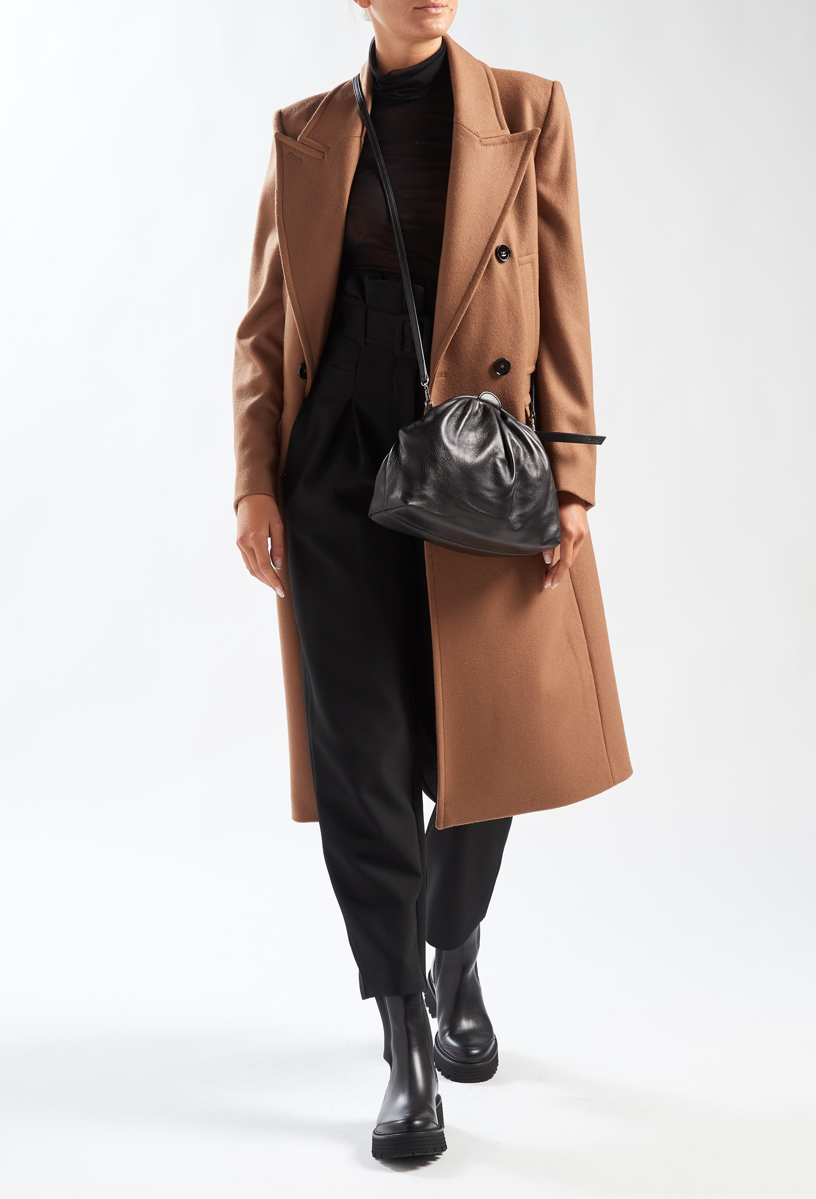 Strong Woman - Look 3