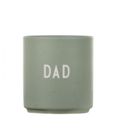 Becher mit Schriftzug grün (DAD) | 0